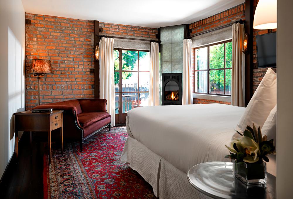 Granada Hotel & Bistro -
