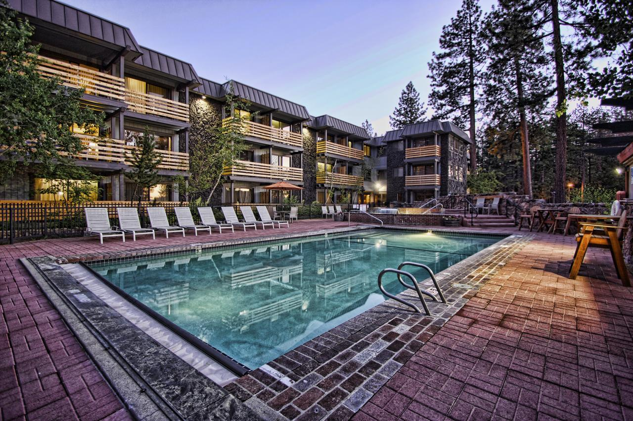 Hotel Azure in South Lake Tahoe -