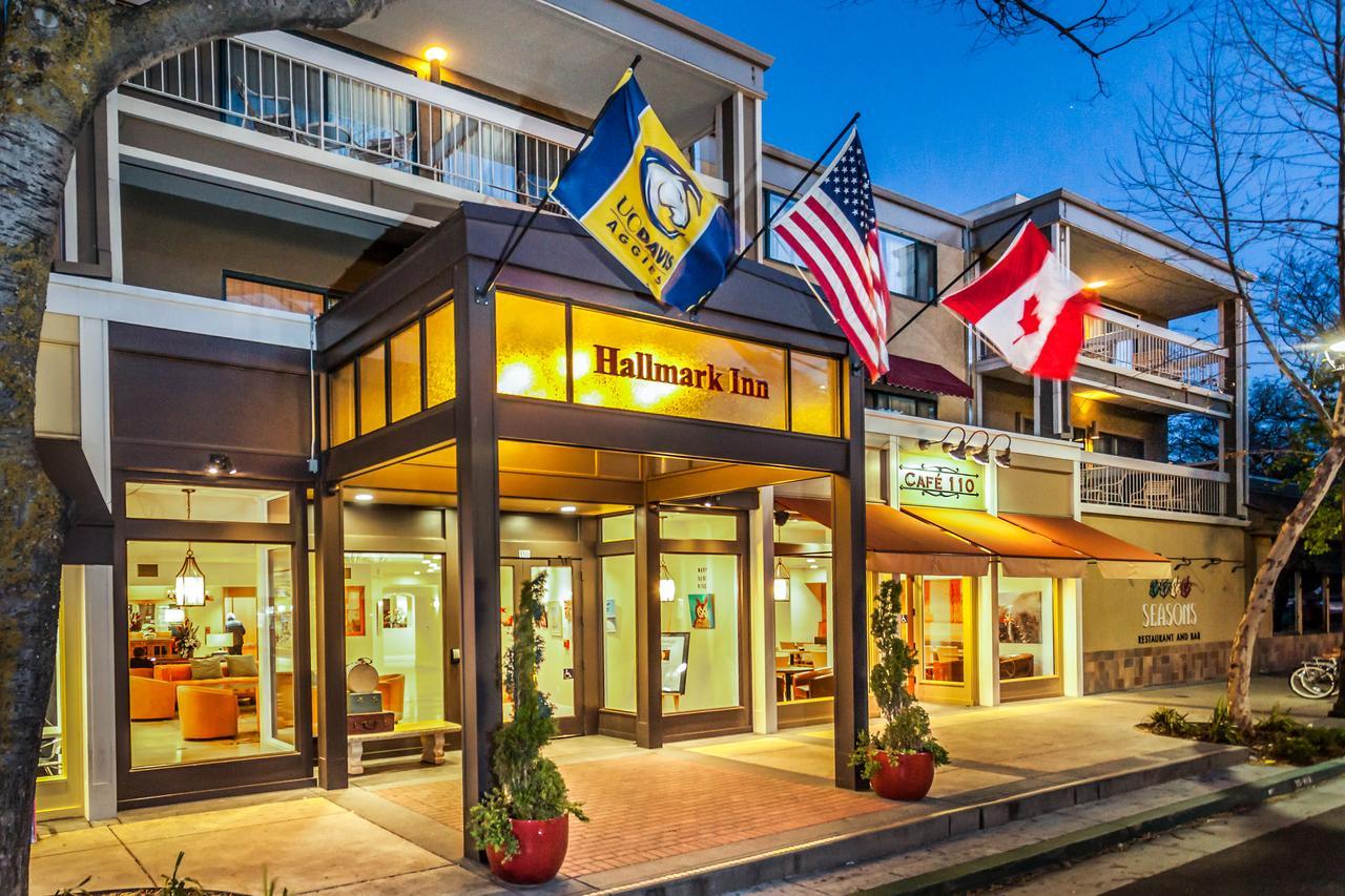 Hallmark Inn -