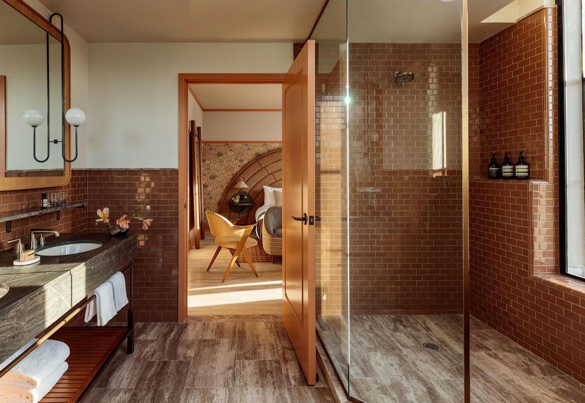 Proper Hotel -