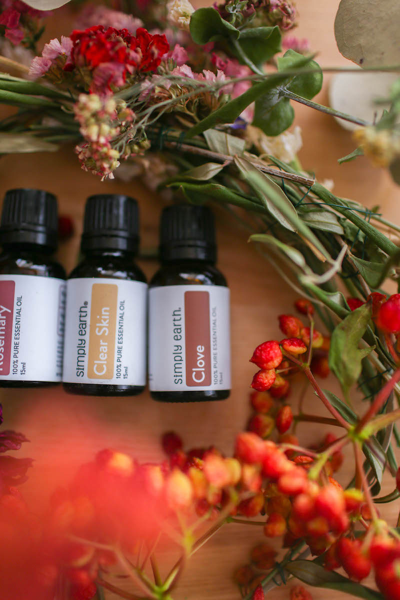 Beginner's Guide to Making DIY Essential Oil Blends and Skincare Products_2.jpg
