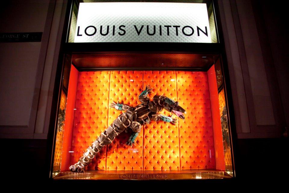 Louis_Vuitton_Sydney_Maison_Store_Windows_07.jpg