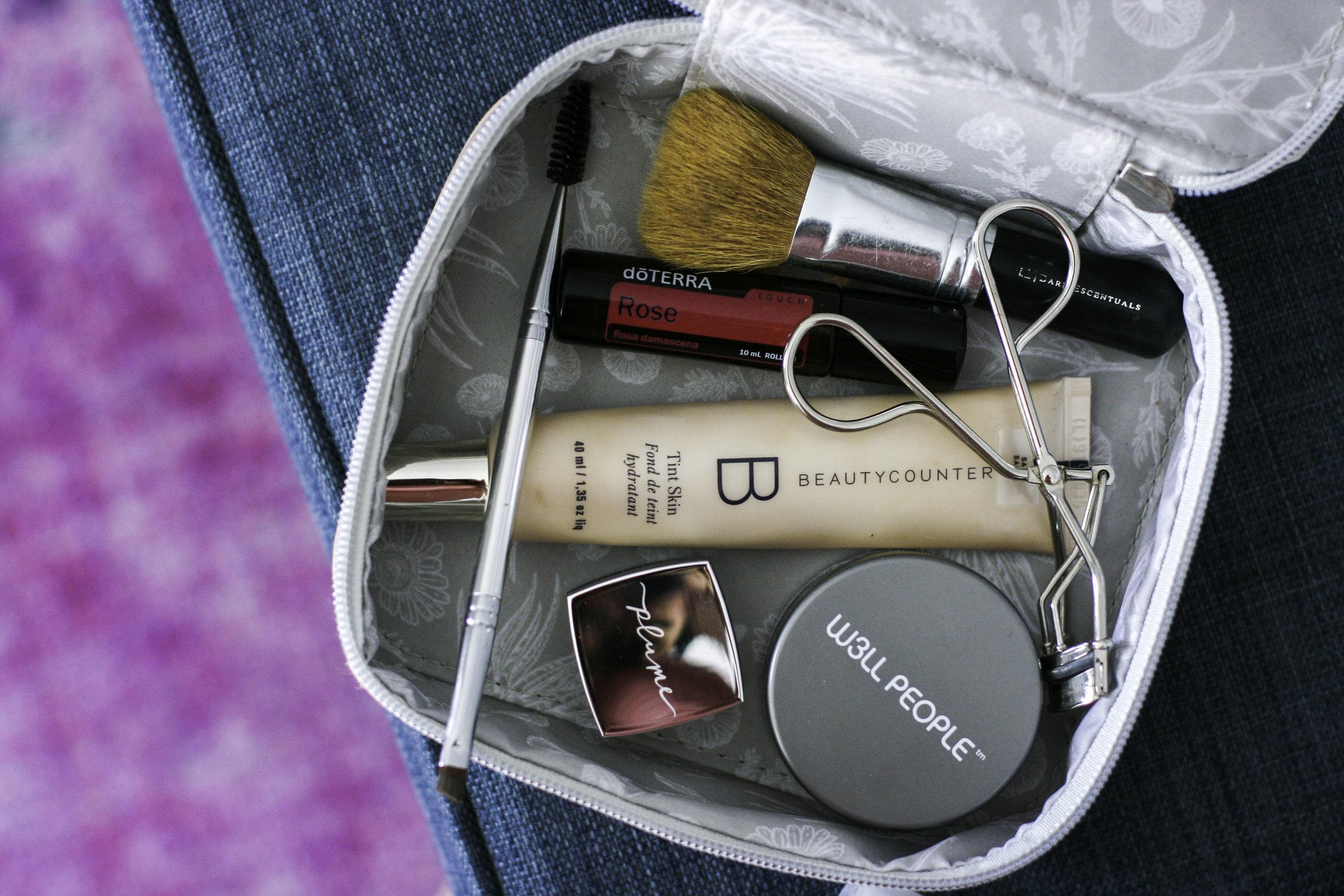 makeup bag1.jpg