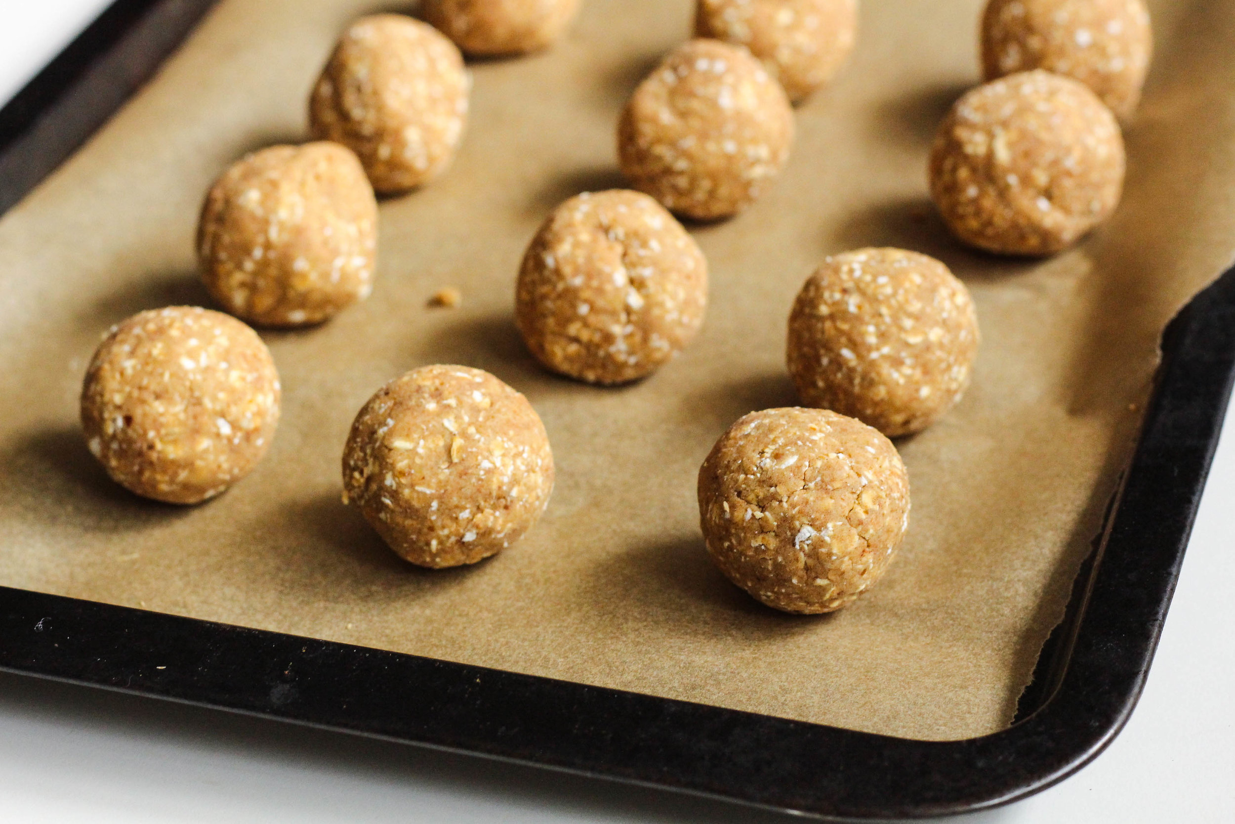 Chia Oat Protein Balls | My Engineered Nutrition