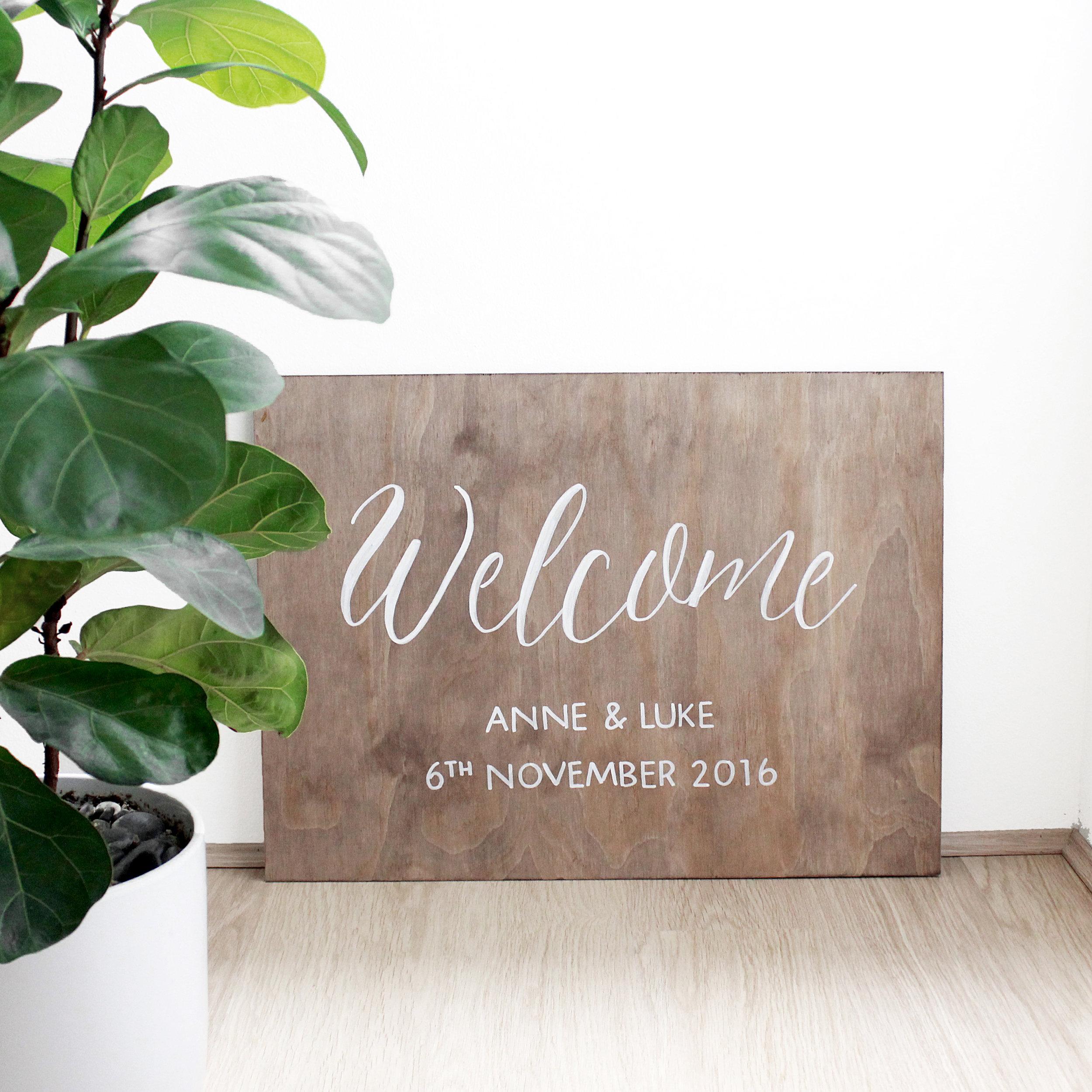 Wooden board anne + luke.jpg