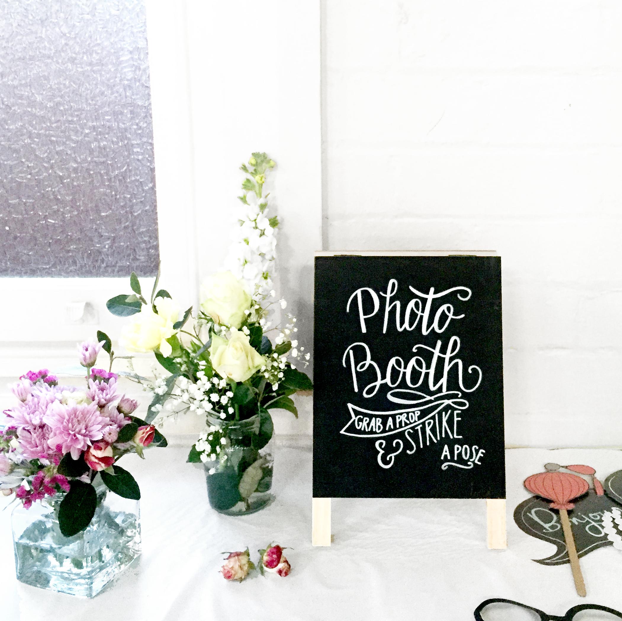 photobooth sign.jpg