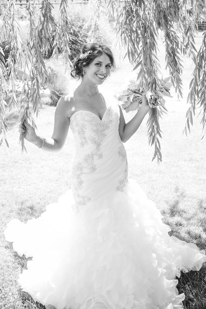 JJ Cellars Vineyard Wedding010.jpg