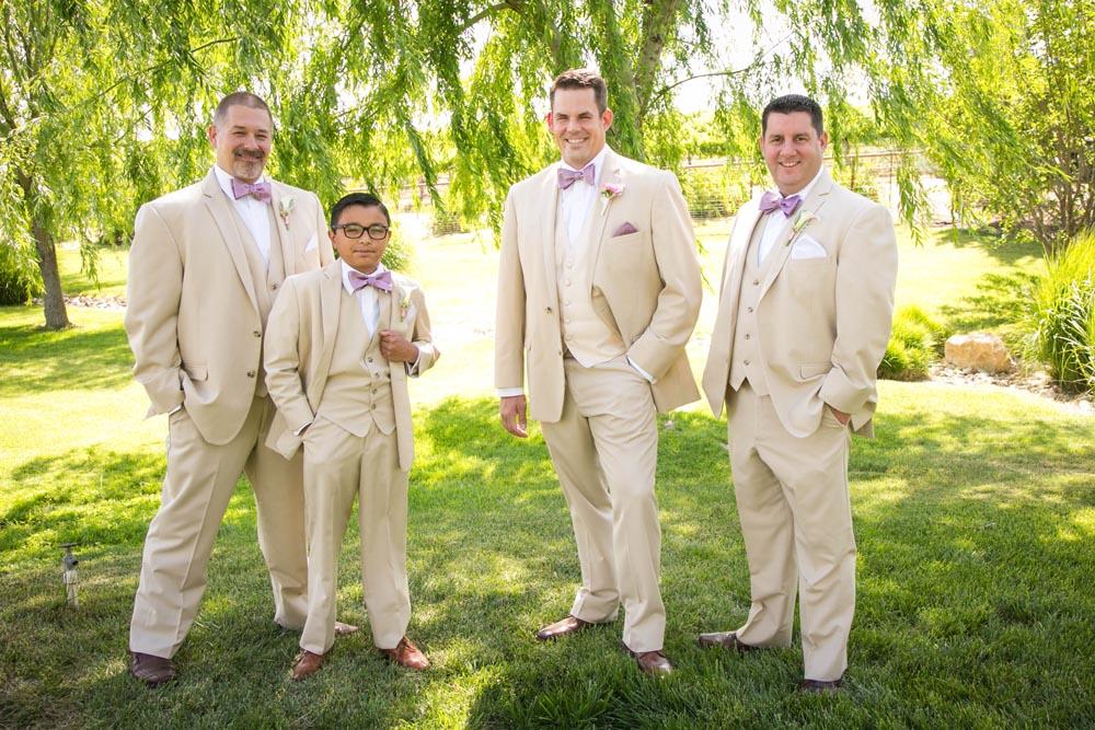 JJ Cellars Vineyard Wedding015.jpg