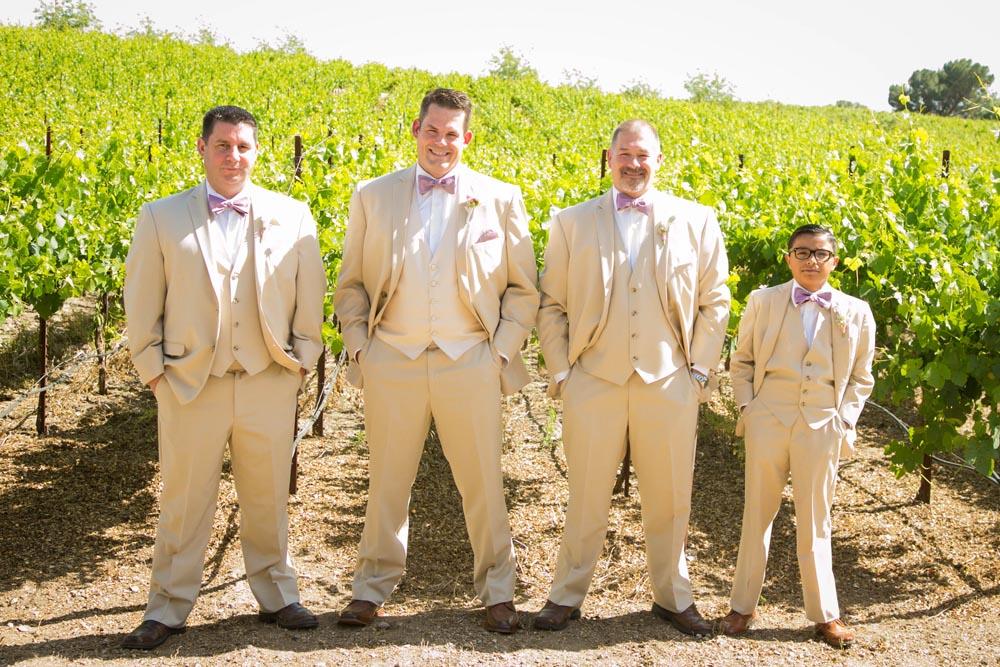 JJ Cellars Vineyard Wedding016.jpg