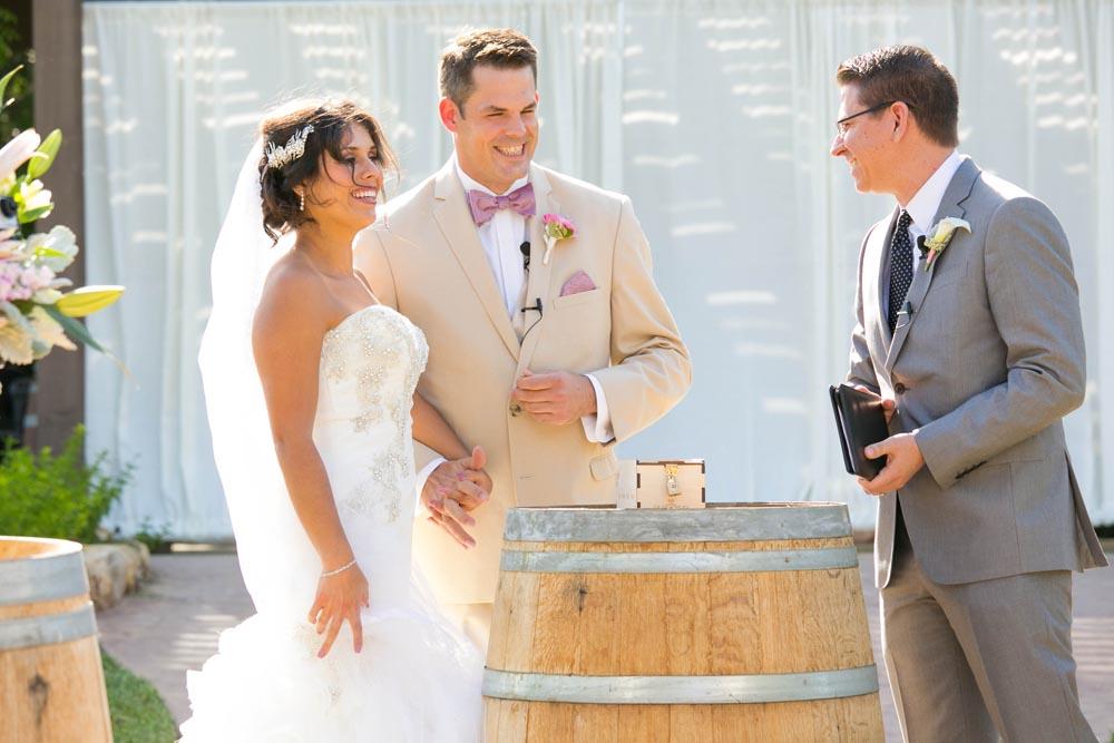 JJ Cellars Vineyard Wedding026.jpg