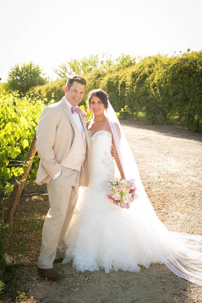 JJ Cellars Vineyard Wedding032.jpg