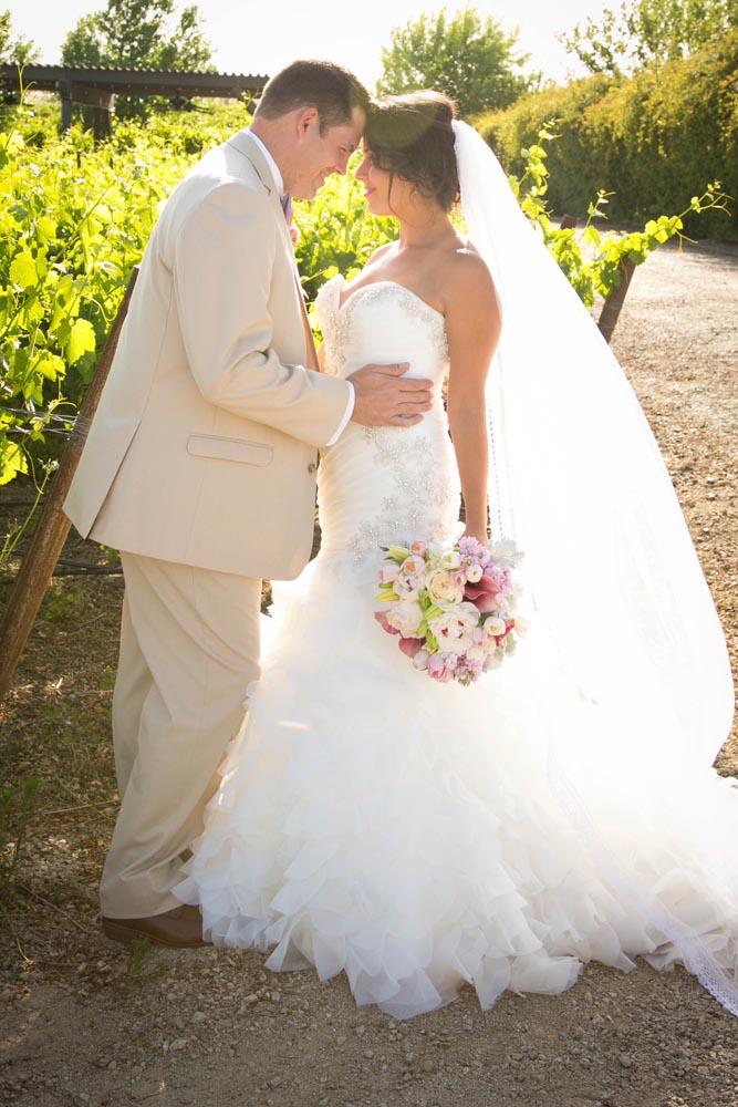 JJ Cellars Vineyard Wedding033.jpg