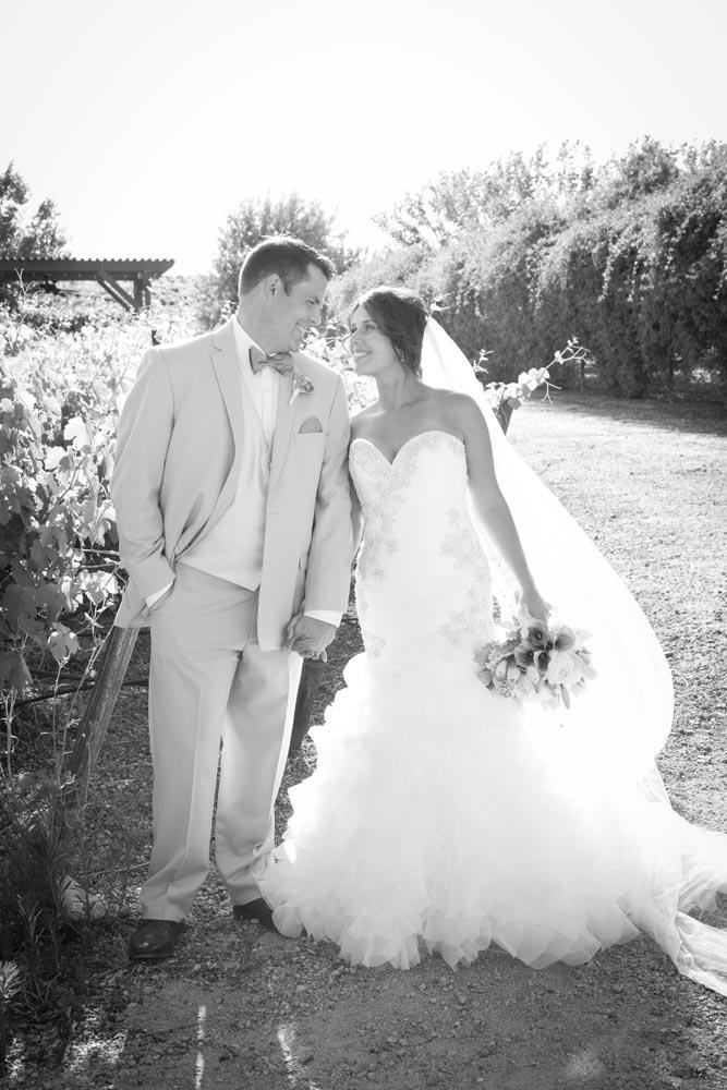 JJ Cellars Vineyard Wedding034.jpg
