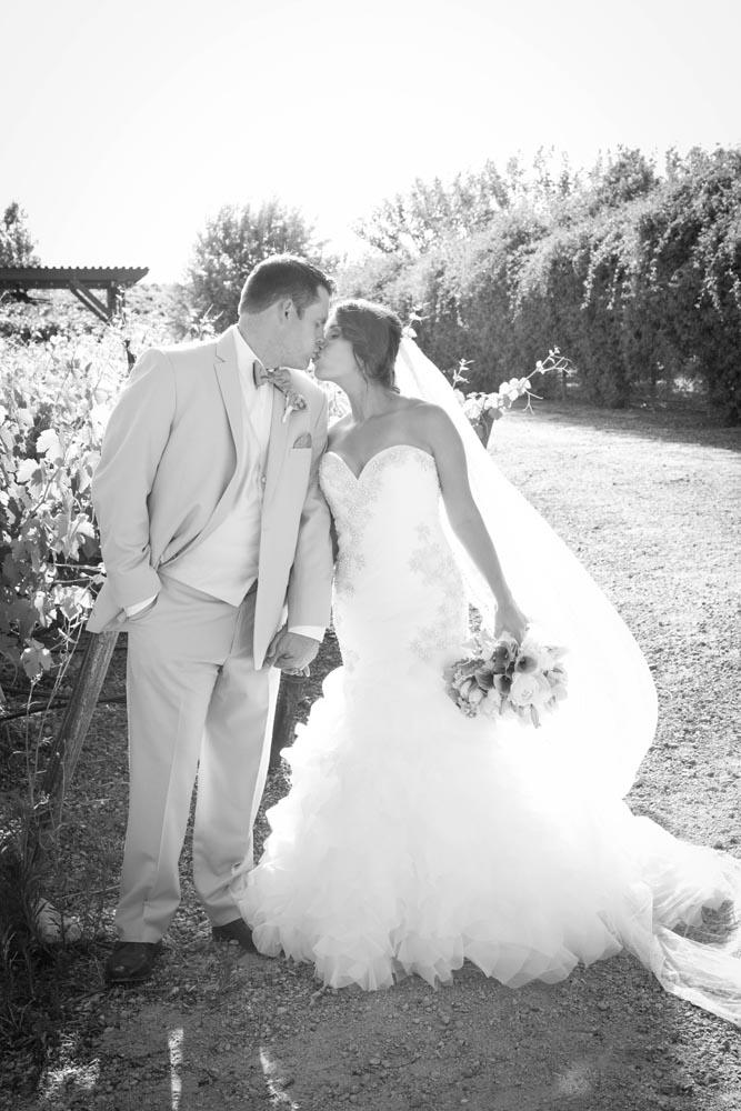 JJ Cellars Vineyard Wedding035.jpg