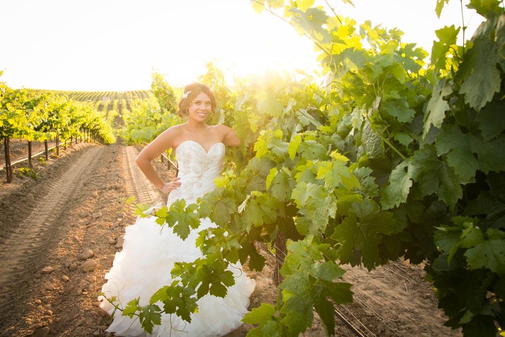 JJ Cellars Vineyard Wedding058.jpg