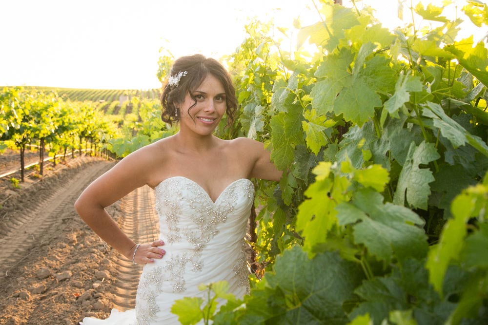 JJ Cellars Vineyard Wedding059.jpg