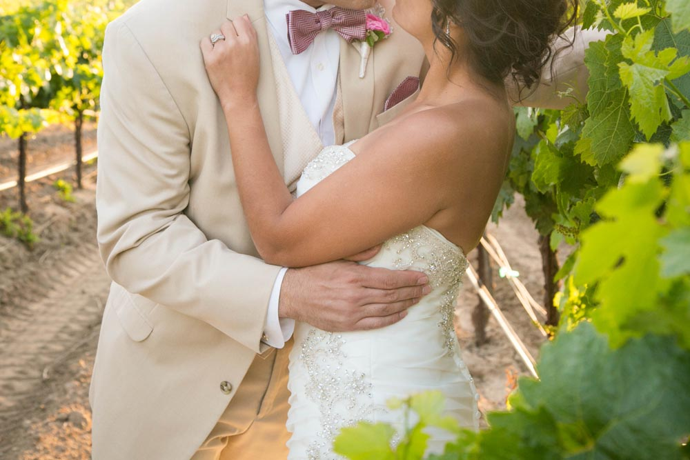 JJ Cellars Vineyard Wedding061.jpg