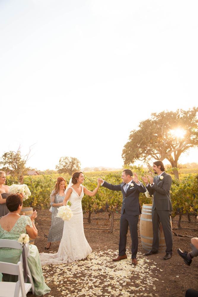 Summerwood Winery and Inn Wedding032.jpg