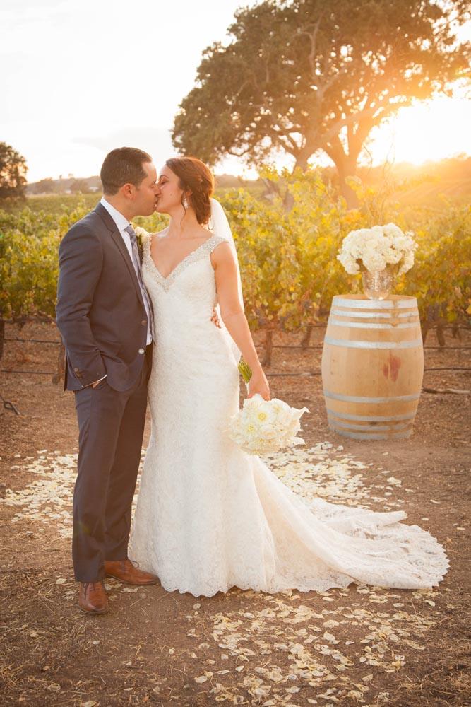 Summerwood Winery and Inn Wedding033.jpg