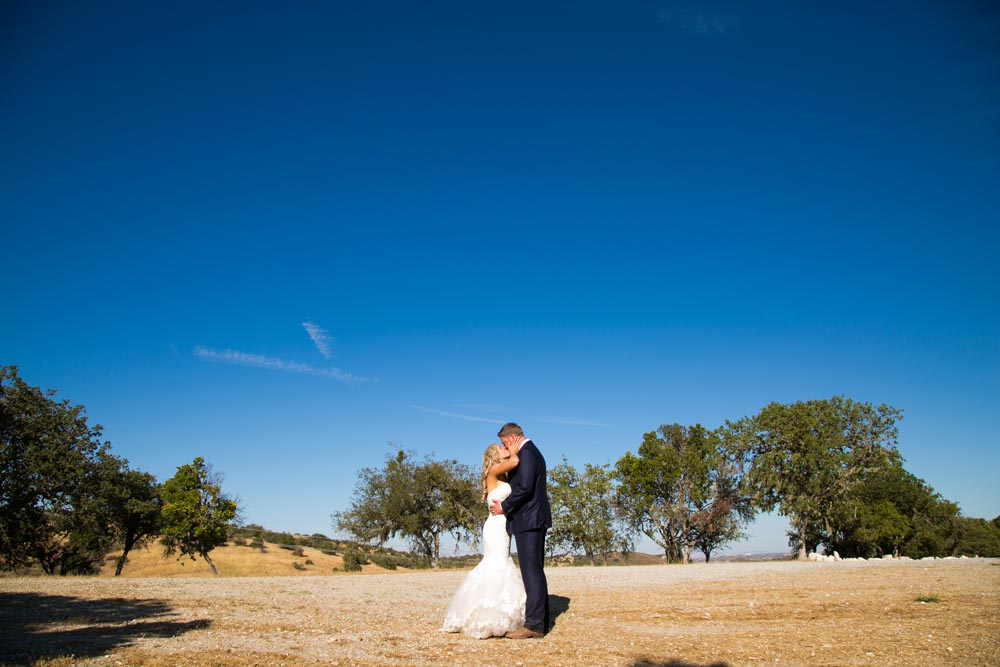 Lake Nacimiento Wedding073.jpg