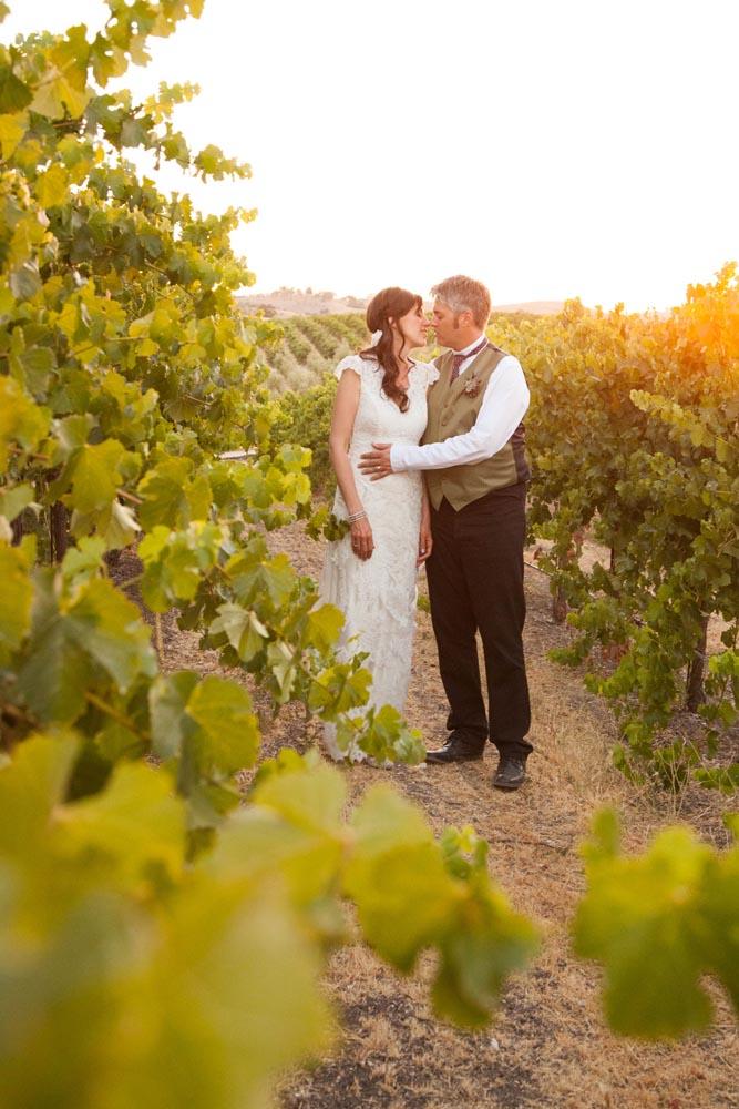 Pomar Junction Vineyard Wedding043.jpg