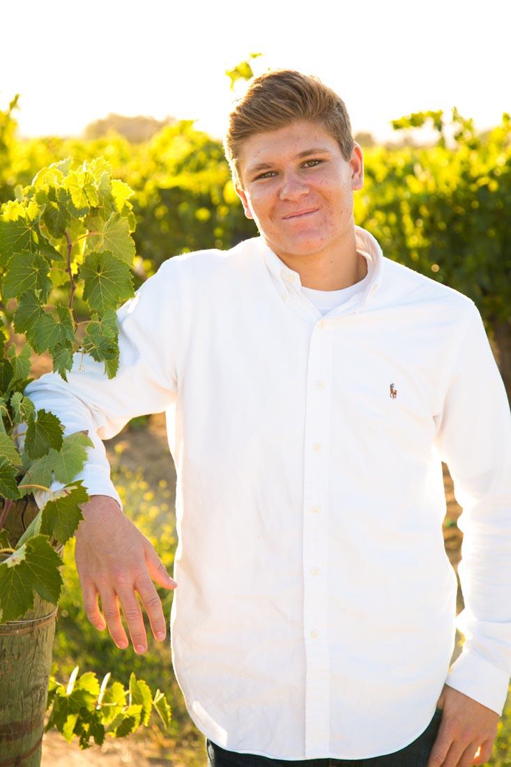 Le Vigne Winery Senior Portraits029.jpg