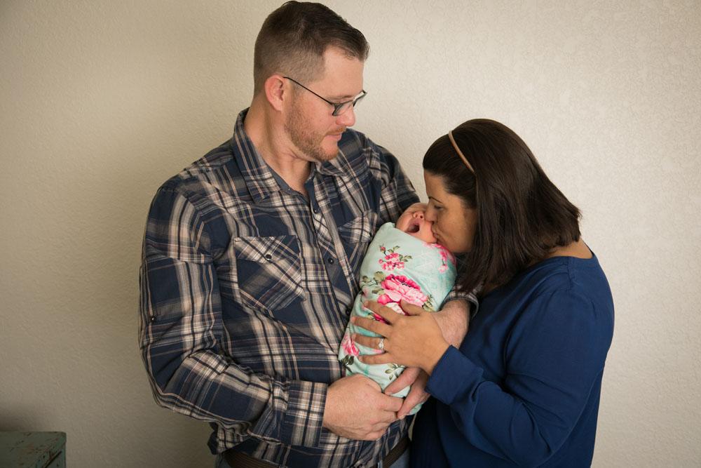 Paso Robles Family and Wedding Photographer Newborn 002.jpg