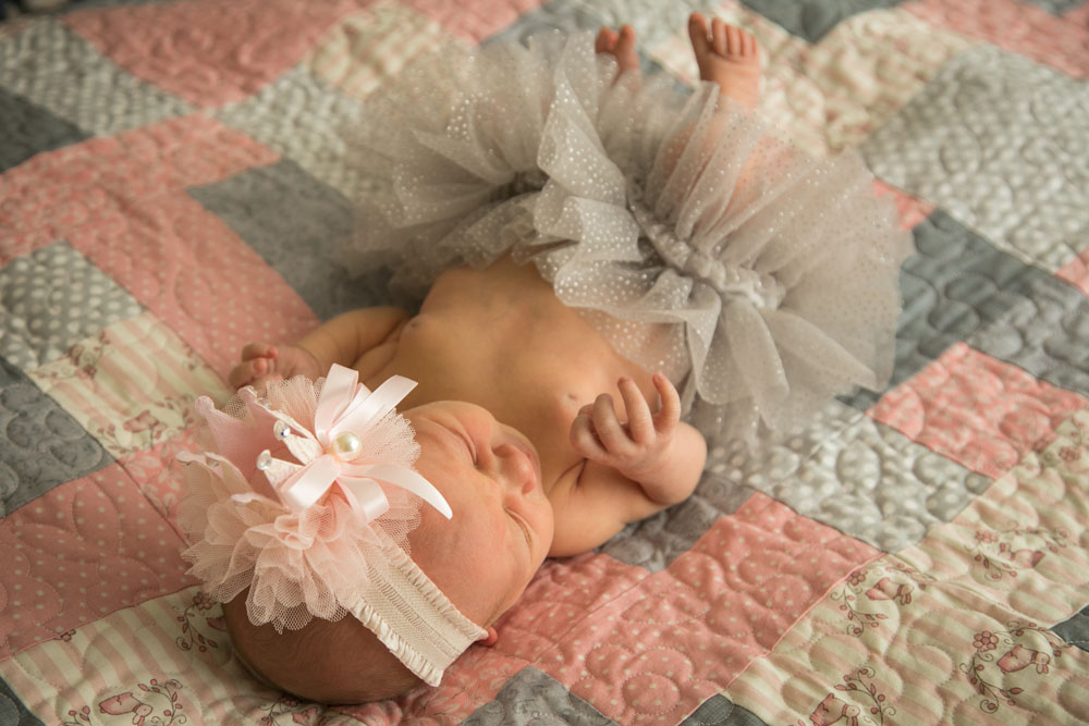 Paso Robles Family and Wedding Photographer Newborn 030.jpg