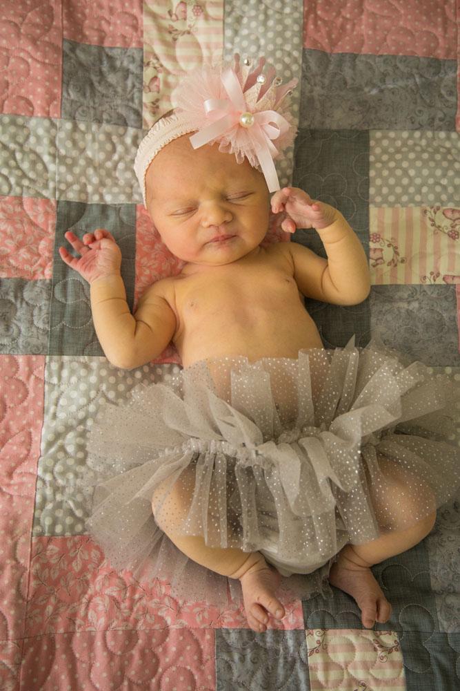 Paso Robles Family and Wedding Photographer Newborn 036.jpg