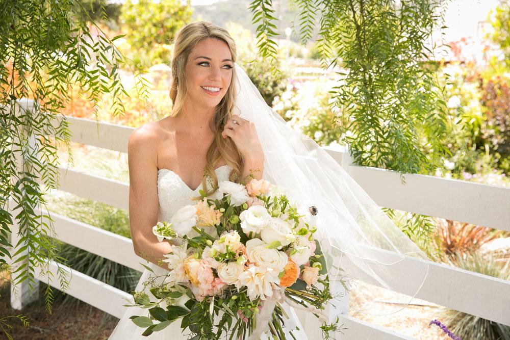 San Luis Obispo Wedding Photographer The White Barn 041.jpg