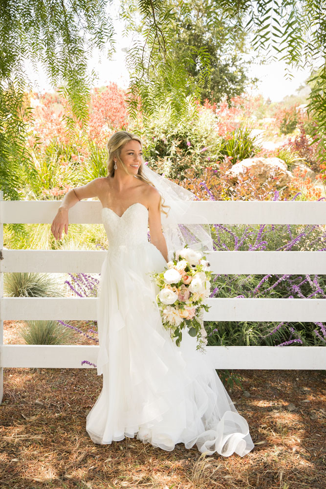 San Luis Obispo Wedding Photographer The White Barn 043.jpg