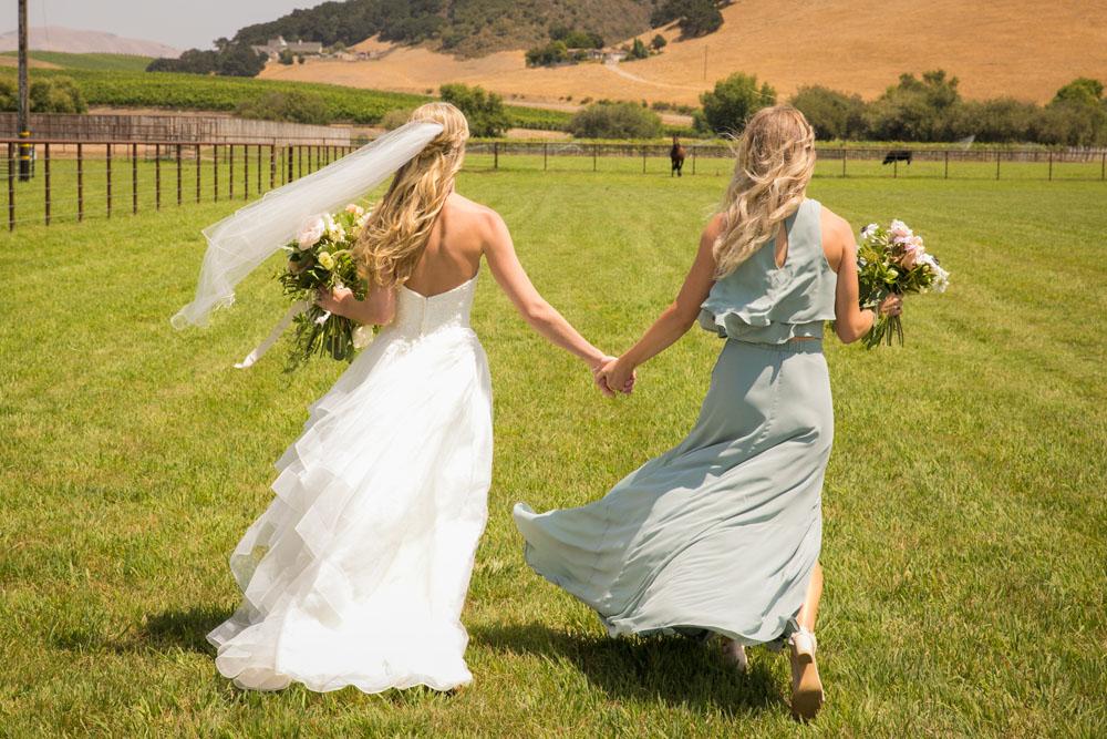 San Luis Obispo Wedding Photographer The White Barn 044.jpg