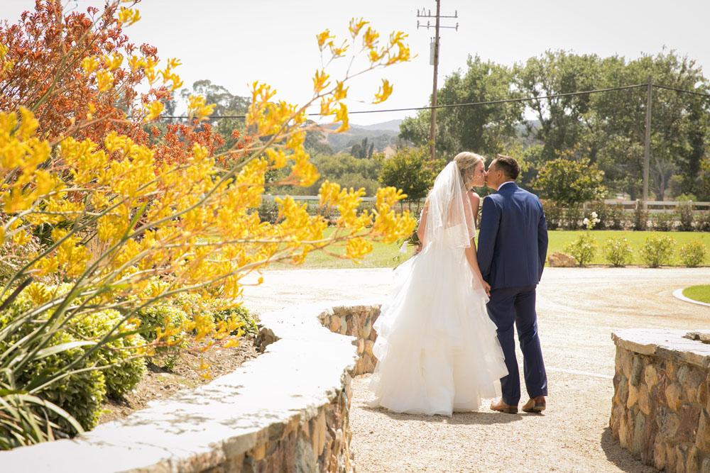 San Luis Obispo Wedding Photographer The White Barn 077.jpg