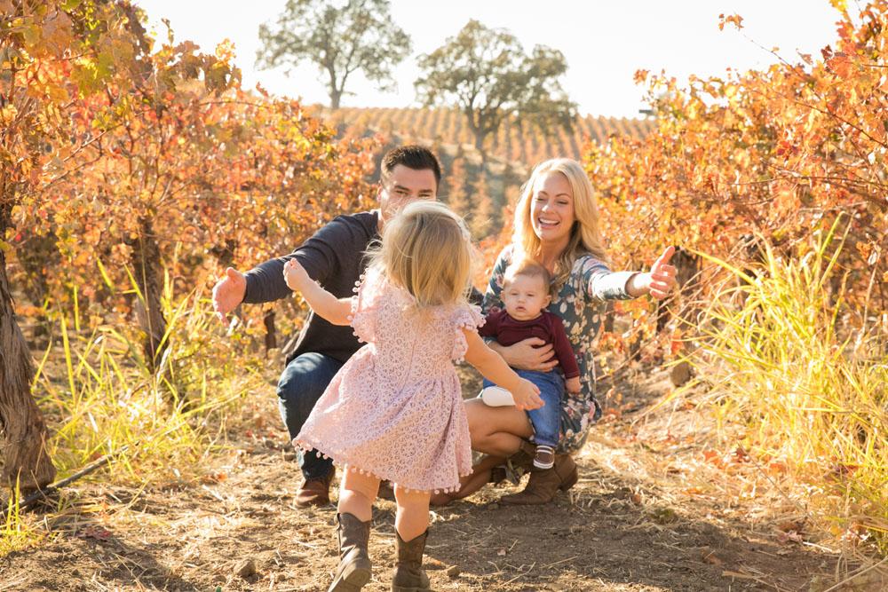Paso Robles Family and Wedding Photographer Vineyard024.jpg