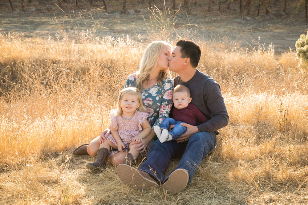 Paso Robles Family and Wedding Photographer Vineyard055.jpg