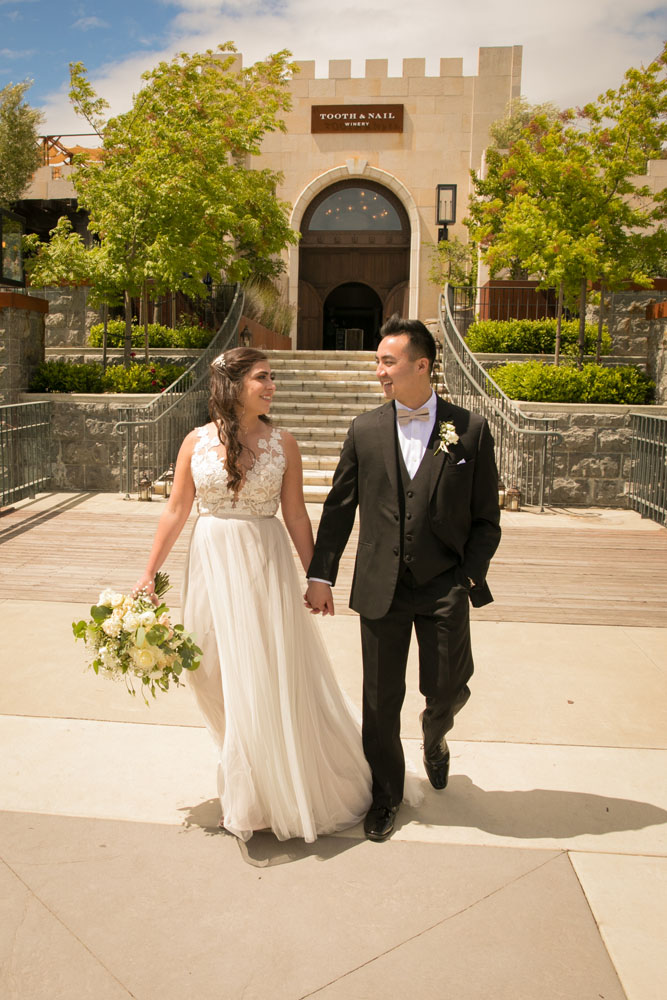 Paso Robles Wedding Photographer Tooth and Nail Winery 060.jpg