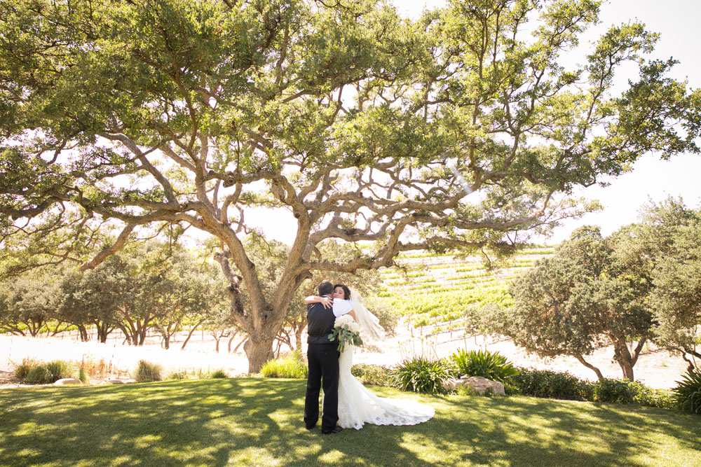 Paso Robles Wedding Photographer Villa San Juilette Vineyard and Winery 012.jpg