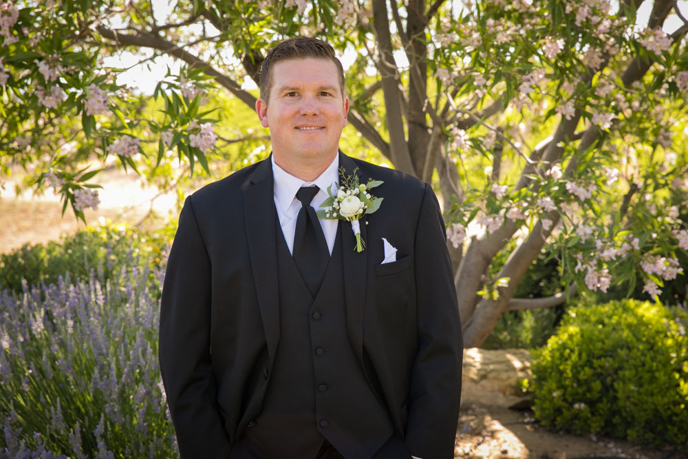 Paso Robles Wedding Photographer Villa San Juilette Vineyard and Winery 043.jpg