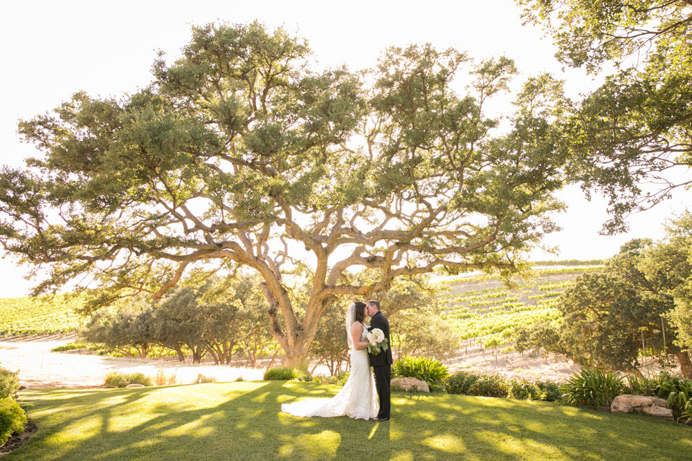 Paso Robles Wedding Photographer Villa San Juilette Vineyard and Winery 071.jpg