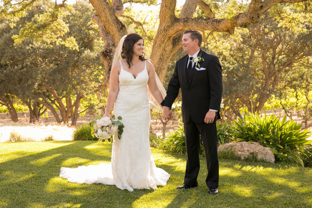 Paso Robles Wedding Photographer Villa San Juilette Vineyard and Winery 072.jpg