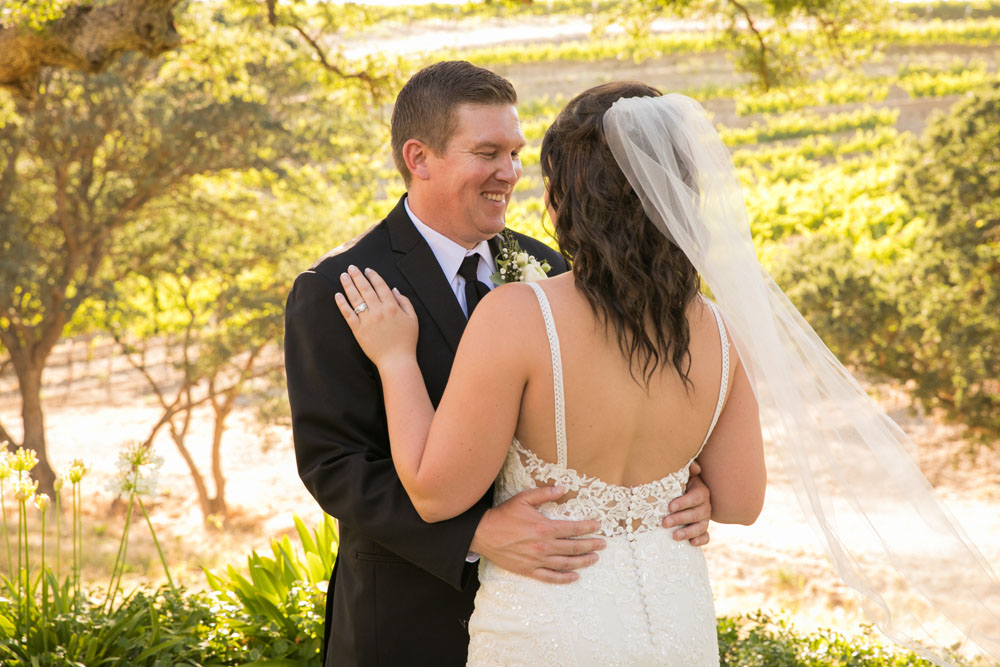 Paso Robles Wedding Photographer Villa San Juilette Vineyard and Winery 076.jpg