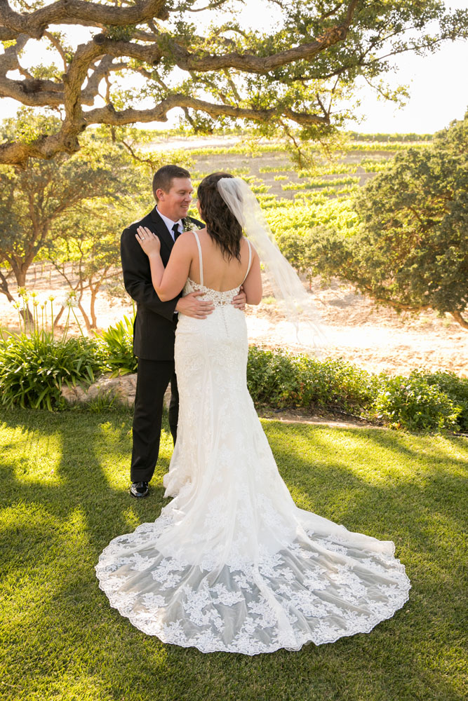 Paso Robles Wedding Photographer Villa San Juilette Vineyard and Winery 075.jpg
