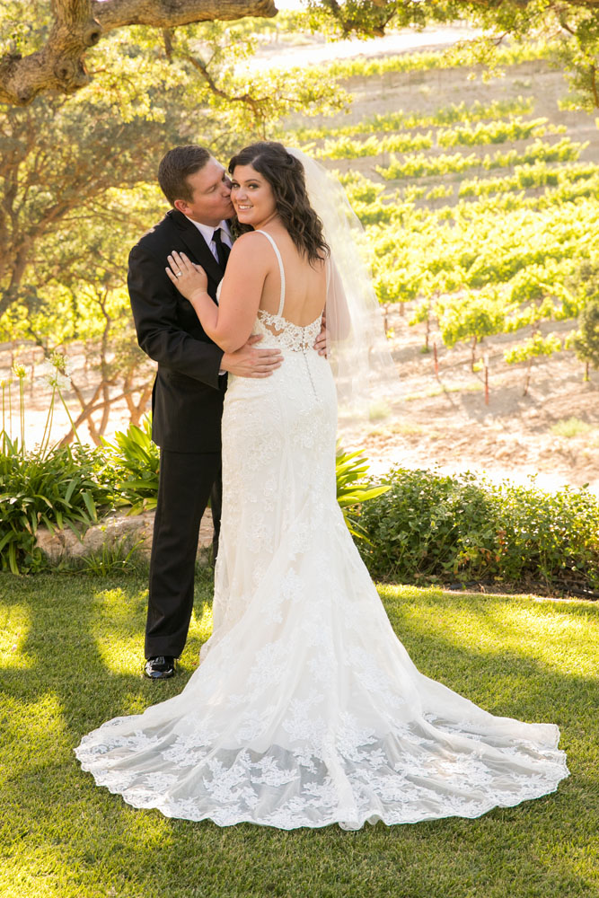 Paso Robles Wedding Photographer Villa San Juilette Vineyard and Winery 079.jpg