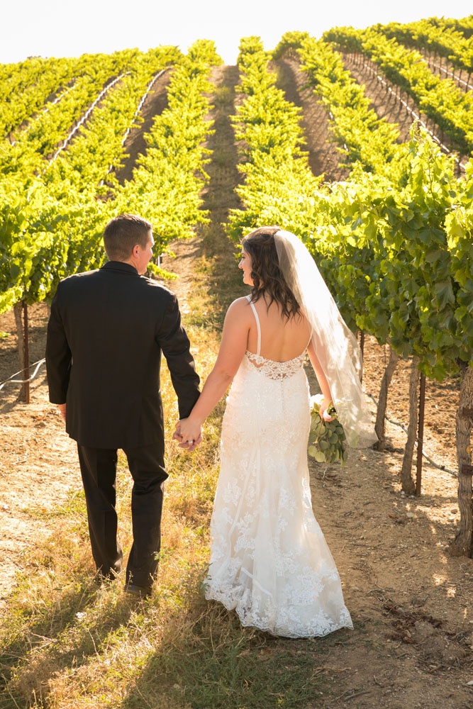 Paso Robles Wedding Photographer Villa San Juilette Vineyard and Winery 089.jpg