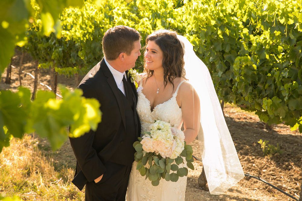 Paso Robles Wedding Photographer Villa San Juilette Vineyard and Winery 093.jpg