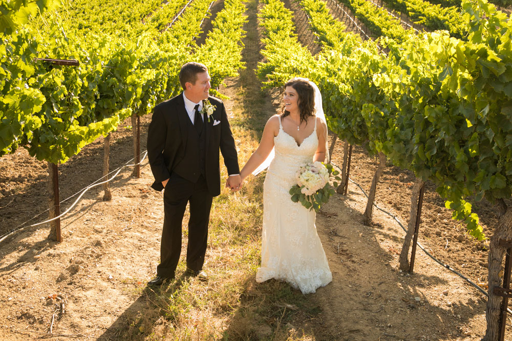 Paso Robles Wedding Photographer Villa San Juilette Vineyard and Winery 097.jpg