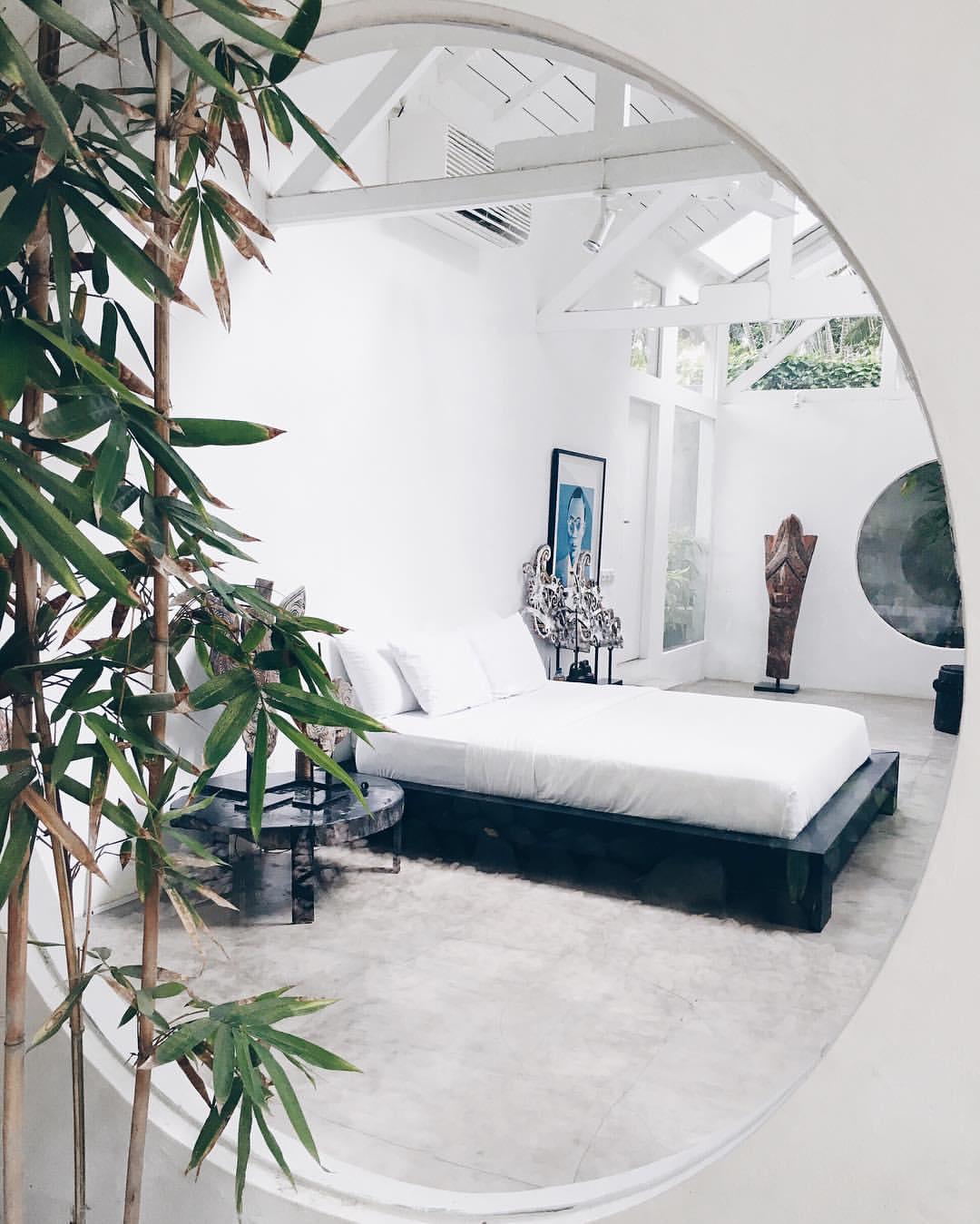 Friend in Fashion Bedroom.jpg