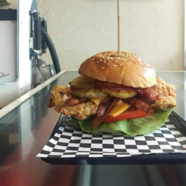 """NEW SPECIAL 2 Weeks ONLY! The Mini Moke"""" Southern Fried Chicken, Bacon, Cheese, Tomato, Lettuce, Pineapple & BBQ sauce"""