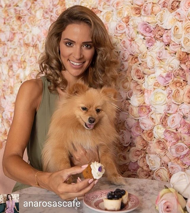 Photo Shoot for @rosascafemarbella  Hair/Makeup//@lizamua Model//@anarosascafe and @simbarosascafe Photographer//@irene_sekulic Production//@kreoidea  #lizamua #makeup #mua #makeupartist  #cover  #frontcover #paradise #editorial #photoshoot #photooftheday #dog #haveacakeday #flowerwall #topmodel #swimwear #beachbabe #coffee #marbellalife #ibizalife #luxurylife #luxurybrand #luxuryswimwear #luxury #designer #summer #cafe #supermodel #love #cafe #rosas