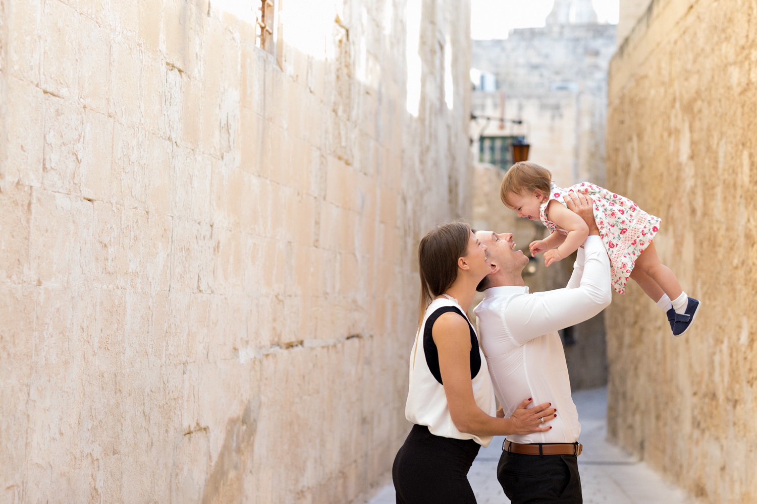 historic location, malta family photographer, mdina, fashion models, parents toddler, whimsical boutique photographer swedish photographer malta
